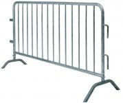 0015 - Crowd Control Barriers